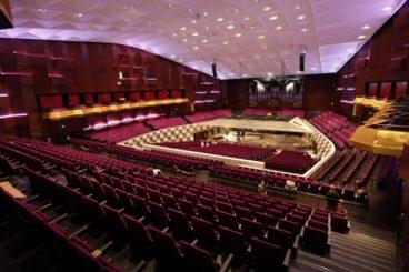 "NOVEMBER 14 & 15, 2019<br>Rotterdam Philharmonic Orchestra<br><font size=""2"">De Doelen, Rotterdam, The Netherlands</font>"