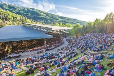 """JULY 9, 2021<br>The Philadelphia Orchestra<br><font size=""""2"""">Gerald R. Ford Amphitheater, Vail, United States</font>"""