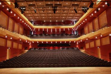 """NOVEMBER 20, 2021<br>Royal Stockholm Philharmonic Orchestra<br><font size=""""2"""">Konserthus, Västerås, Sweden</font>"""