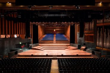 """JANUARY 4, 5 & 6, 2022<br>Oslo Philharmonic Orchestra<br><font size=""""2"""">Konserthus, Oslo, Norway</font>"""