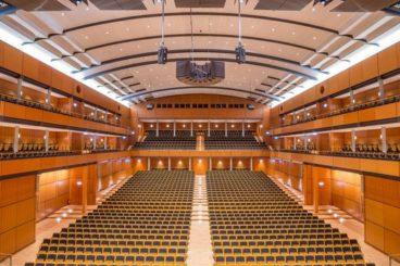 "FEBRUARY 5, 2022<br>NDR Elbphilharmonie Orchestra<br><font size=""2"">Musik und Kongresshalle, Lübeck, Germany</font>"